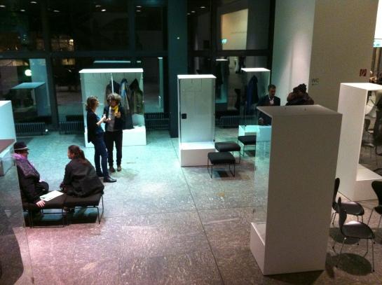 Pre-Show. Identites on Display, Holzer Kobler in Zusammenarbeit mit Karin Sander (Foto: Barbara Schindler)